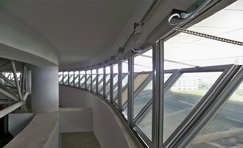 楼梯平开窗